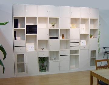 スタイリッシュでシンプル,壁面収納家具,ホワイト,システム壁面収納家具,リビング壁面収納家具,TVリビングボード,オーダー壁面収納家具,テレビリビング壁面収納家具,フリーボード