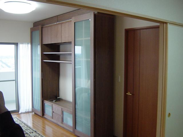 ウォールナット材,キャビネット,壁面収納家具,システム壁面収納家具,オーダー壁面収納家具,リビング壁面収納家具,リビングボード,サイドボード,フリーボード壁面収納家具,書棚