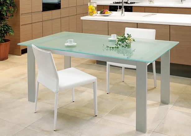 モダンガラステーブル,都会的な暮らしに,アルテジャパン,ダイニングテーブル,ガラステーブル,ARTE