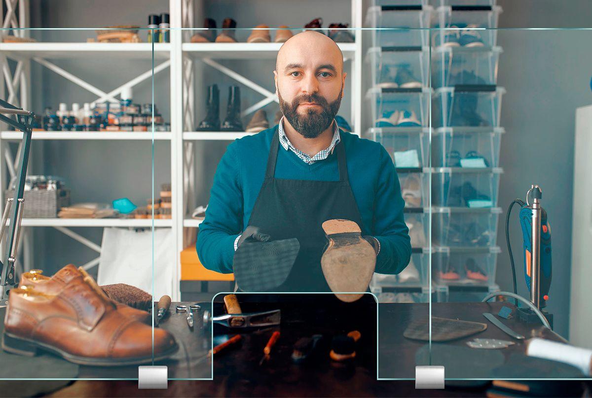 靴屋,靴修理店,シューズリペア,小売店などにパーティション