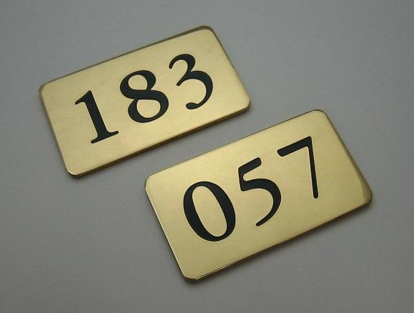 ナンバープレート,ロッカー用のナンバープレート,角型プレートタイプ,タイムス,真鍮